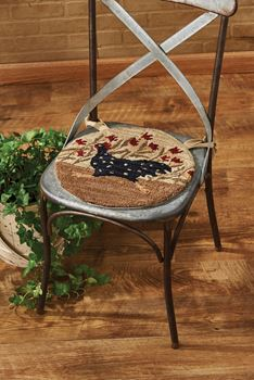 Picture of Chicken Run Hooked Chair Pad