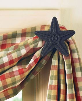 Picture of Star In Black Curtain Hooks - Set of 2