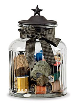 Picture of Star In Black Glass Jar With Metal Lid