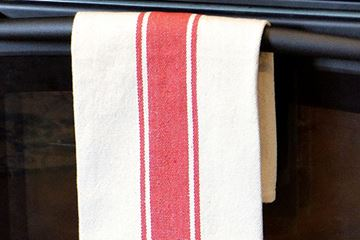 Picture of Grain Sack Stripe In Red Dishtowel