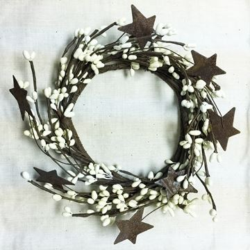 Picture of Pip Berry With Stars - Ivory Candle Ring / Wreath