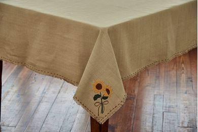 Picture for category Tablecloths & Table Toppers