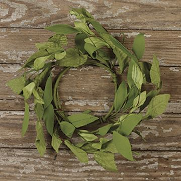"Picture of Green Leafy Candle Ring / Wreath 8"" Diameter Outside"