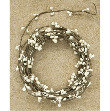 Picture of Pip Berry - Ivory String Garland 18 Foot