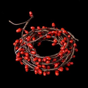 Picture of Pip Berry - Red String Garland 6 Feet